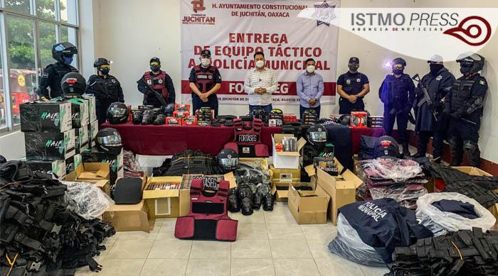 14 Ago Juchitán dotan equipo tactico4