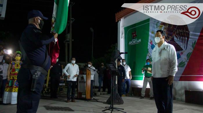 Grito de Independencia Emilio Montero