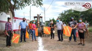 Banderazo de obra Juchitán1
