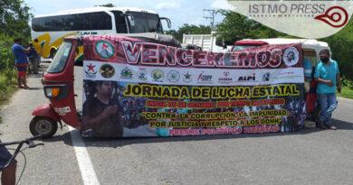 Cierre de carretera Juchitán