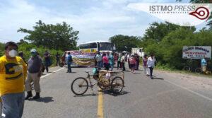 Cierre de carretera Juchitán1