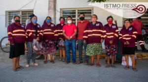 Entrega de uniformes Juchitán1