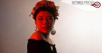 La música trasciende y es empática con la justicia : Coyo Licatzin, cantautora oaxaqueña