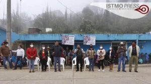 Salomón Jara visita sierra mazateca1