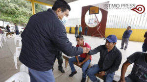 Salomón Jara visita sierra mazateca2