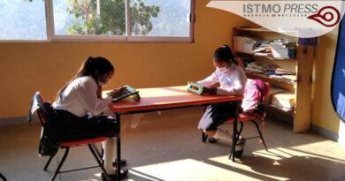 Santiago Quiavijolo escuela2