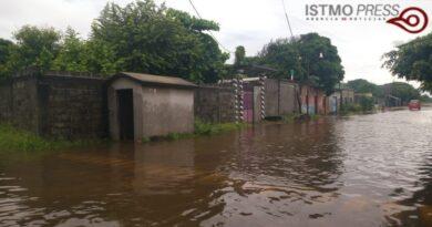 Inundados pueblos del Istmo de Tehuantepec; exigen al gobierno declarar zona de emergencia por lluvias