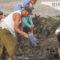 Pescadores juchitecos desazolvan entradas de Lagunas, con apoyo de Emilio Montero